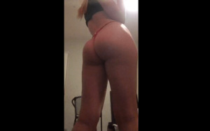 Periscope Katalwaysbouncesback showing her sexy Ass ON CAM