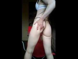 Periscope Scarfacemgx1 showing her sexy ASS -05-11-2019-20-43-14-