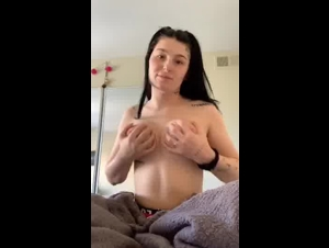 Periscope Naughtysnowbunny showing her Gorgeous Big Boobs ON CAM- 08 20 19